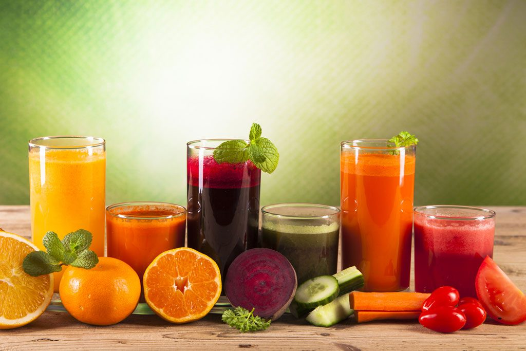 Five Health Advantages of Juicing Fruits & Vegetables